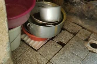 بالصور.. مصادرة نصف طن أغذية تالفة وإغلاق مطبخ إعاشة بمكة المكرمة - المواطن