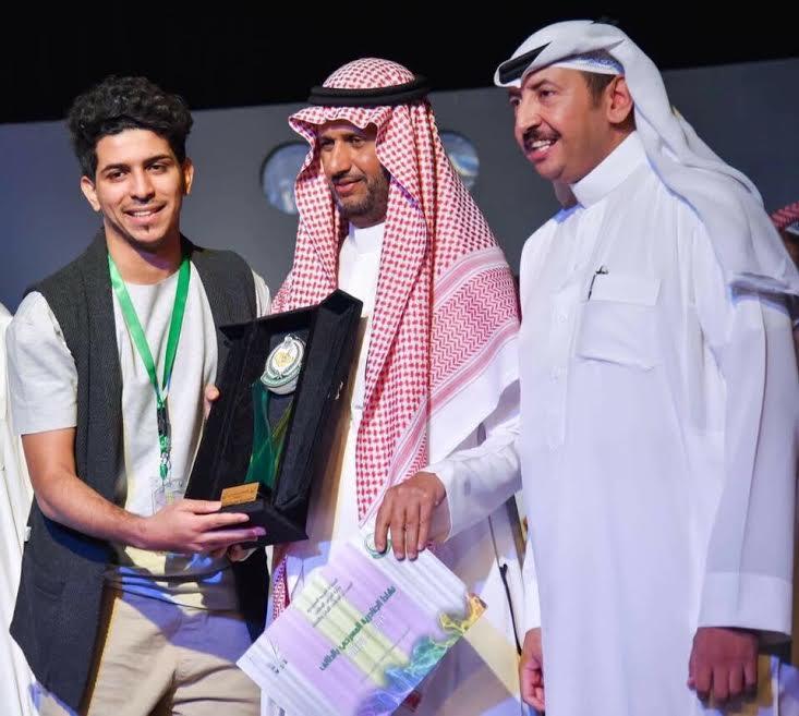 4 جوائز لمسرح جامعة جازان بمهرجان الجنادرية