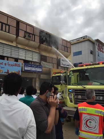 إصابة خمسة أشخاص في حريق مبنى روضة #جازان4