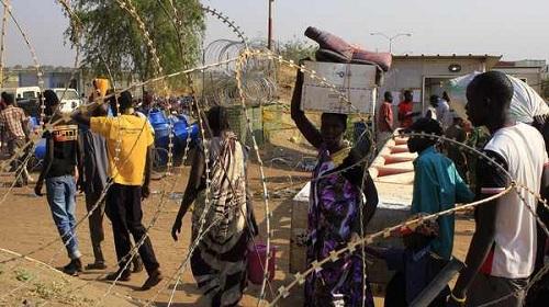 مخيم للاجئين في جنوب السودان2014