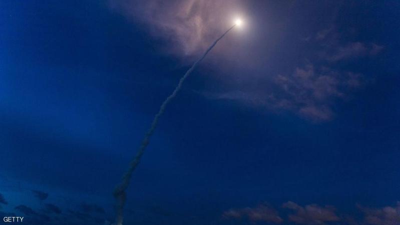 الهند تختبر صاروخا طورته مع إسرائيل
