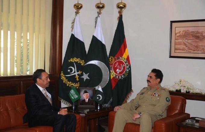 العايش يبحث دور باكستان في #التحالف_الإسلامي مع قائد جيشها
