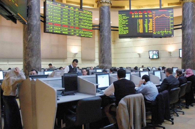 البورصة المصرية تخسر 2ر4 مليار جنيه ومؤشرها الرئيسي ينخفض 94ر0%
