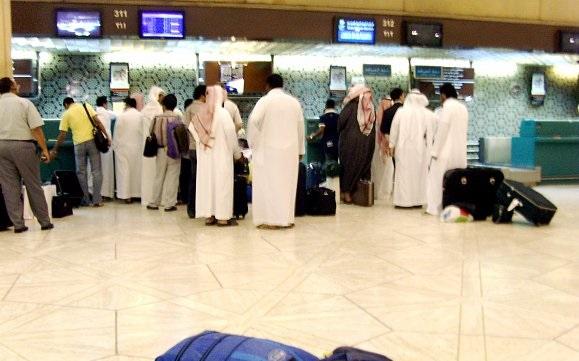 الخطوط السعودية تعدل موعد إغلاق الكاونترات والبوابات