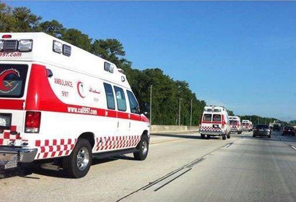 قافلة سيارات إسعاف سعودية في فلوريدا
