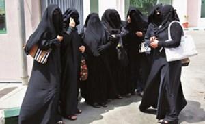 سعوديات -نساء