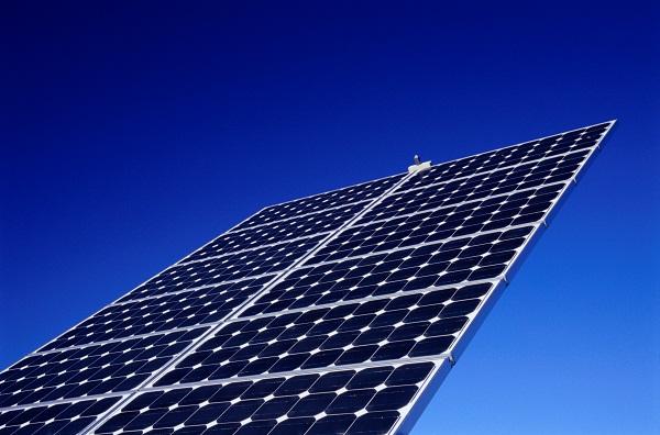 مذكرة تفاهم لتطوير الاستثمارات في الطاقة الذرية والمتجددة بالمملكة - المواطن
