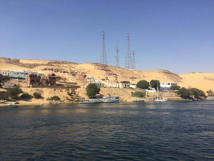 بالصور.. وفد الإعلام العربي السياحي يبدأ أولى جولاته بـ #أسوان55