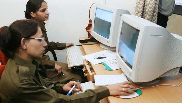 New Delhi police women officers work dur