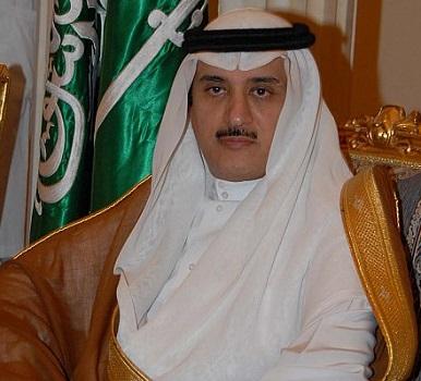الدكتور عبدالعزيز الخضيري
