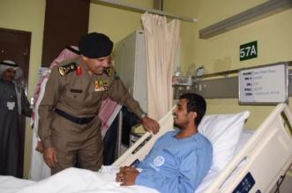 الفريق العمرو يطمئن على حالة العريف العنزي الصحية - المواطن