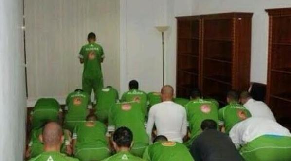 """""""العريفي"""" يدعو للجزائر بالفوز في كأس العالم - المواطن"""