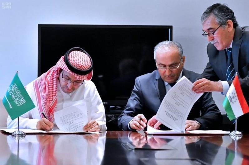 اتفاقية لتعزيز التعاون الثقافي مع طاجيكستان