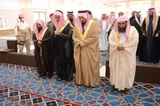 بالصور.. أمير عسير يفتتح جامع الأميرة هيا بمساحة 4705 مترات - المواطن