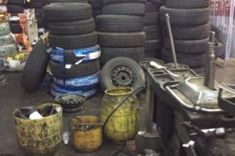 بالصور.. محلات تبيع الموت متمثلًا في الإطارات المستخدمة بأحد رفيدة - المواطن