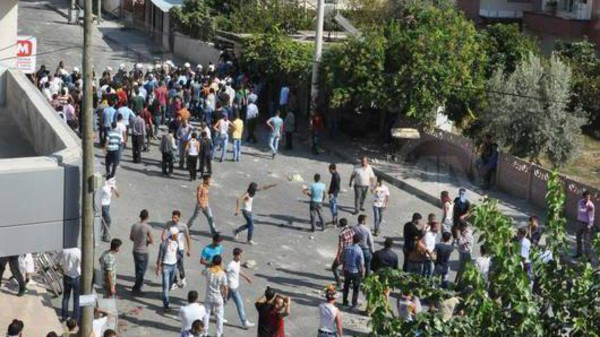 أتراك يقتلون سائحا سعوديا ويحرقون سيارته بسبب داعش