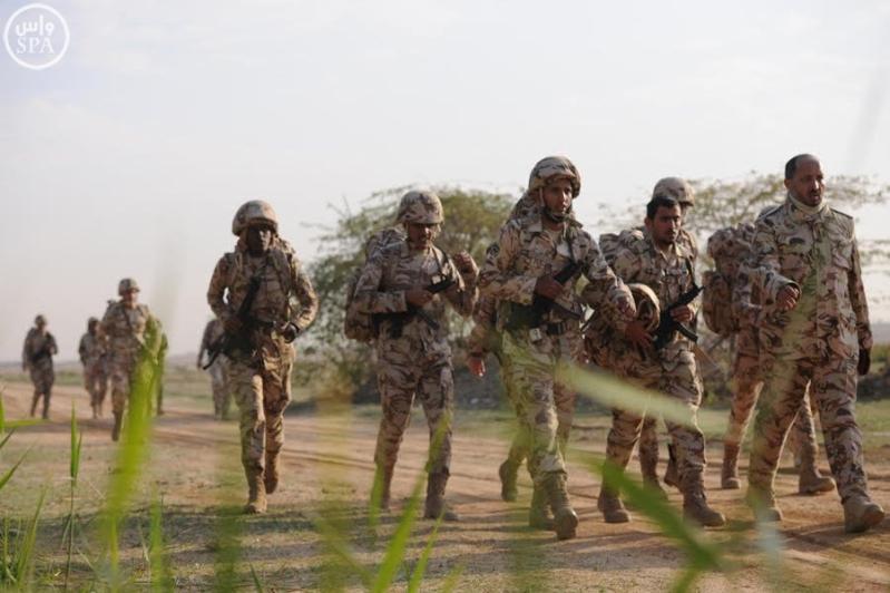 قوات الأمن الخاصة ترفع لياقة ضباطها بمشروع السير الطويل7