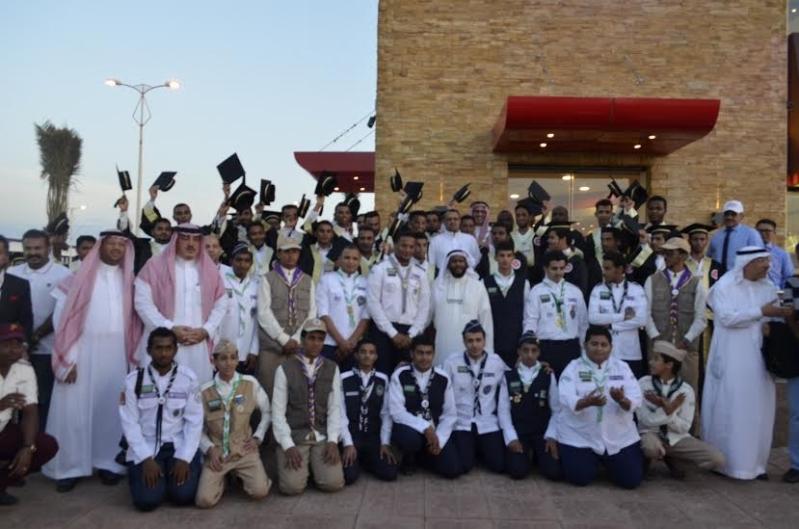 #البيك يبدأ في جازان بتكريم 40 شابًّا سعوديًّا7474