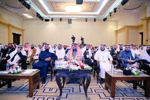 العيسى يدشن ملتقى تبادل الخبرات السنوي الثاني لتطوير المدارس8