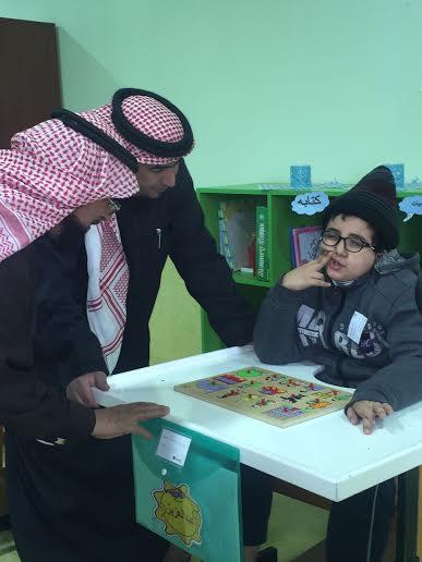 رئيس النادي #الأهلي ونائبه يزوران الأطفال المعوقين بـ #عسير