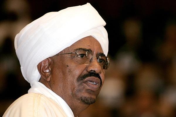 تطورات السودان .. عمر البشير تحت الإقامة الجبرية