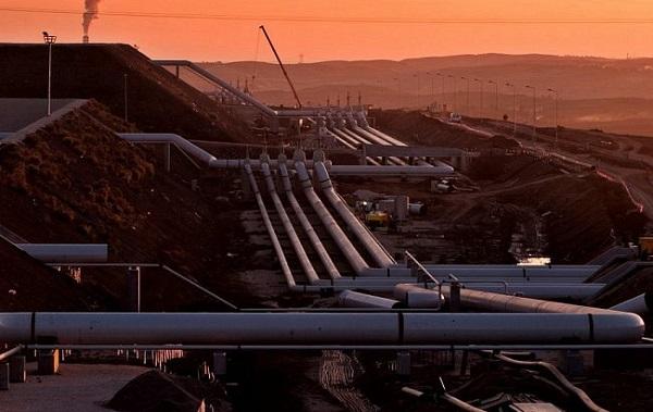 صادرات المملكة من الأنابيب البترولية