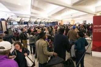 خلل تقنيّ يكدّس المسافرين في المطارات الأميركية - المواطن