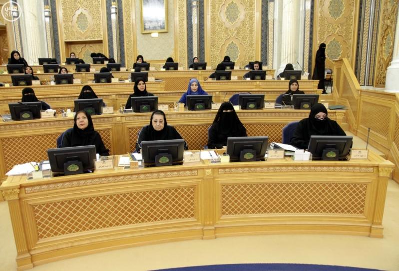 مجلس الشورى.. قرارات وإنجازات9