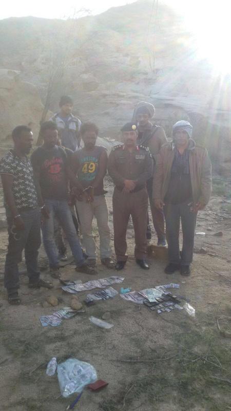بالصور.. القبض على عصابة إثيوبية تروج الخمور في جبال نيرا9
