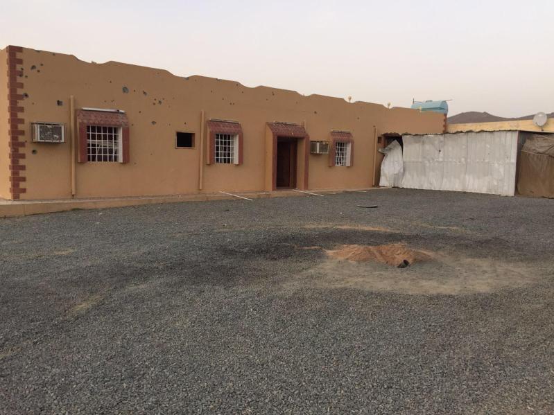 استشهاد طفل وإصابة 9 بمقذوف حوثي على #نجران9