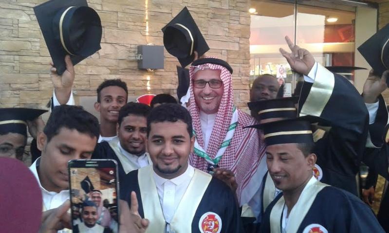 #البيك يبدأ في جازان بتكريم 40 شابًّا سعوديًّا9