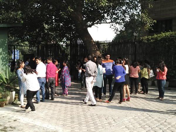 بالفيديو والصور .. زلزال بقوة 7.7 ريختر يهز جدران #الهند - المواطن