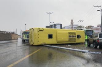 تفاصيل إصابة 15 طالبة في انزلاق حافلة جامعة الملك خالد - المواطن
