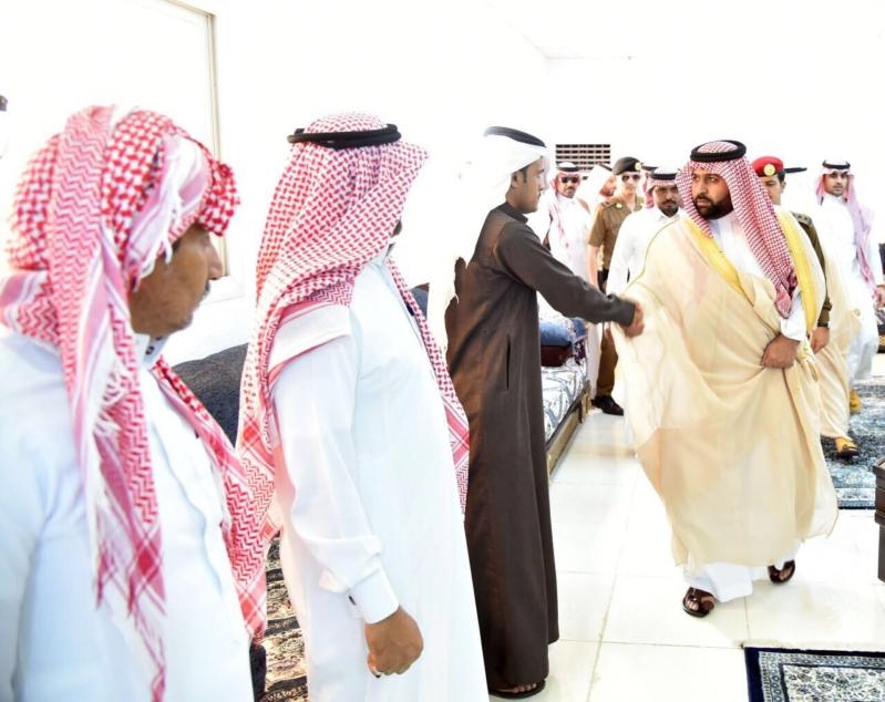 أمير جازان بالنيابة ينقل تعازي القيادة لذوي شهداء أبناء الداير