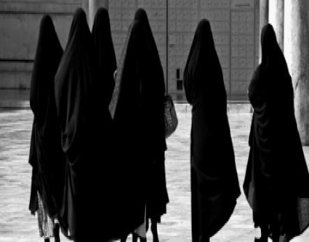نساء- سعوديات - متعاونات
