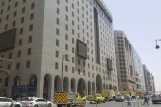 بالصور.. حريق يخلي 1300 زائر من أحد الفنادق بالمدينة - المواطن