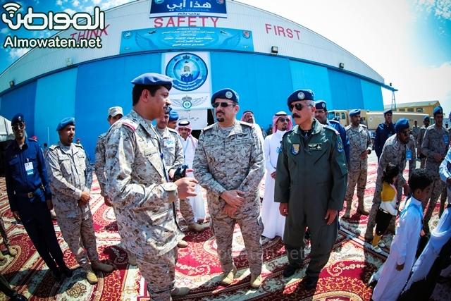 بالصور المواطن ترصد فرحة العائلات بين طائرات F15 وأسلحة قاعدة الملك فهد بـ الطائف صحيفة المواطن الإلكترونية