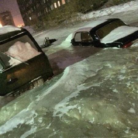 بالصورة.. شوارع روسية تتحول إلى مكعبات من الجليد الصلب - المواطن