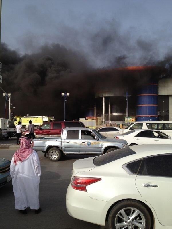 الحمادي: لا إصابات أو وفيات في حريق النسيم والخسائر المادية كبيرة