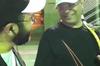 شاهد.. مدير صحة الشرقية يكسر الرسمية ويشارك زملاءه التنس - المواطن