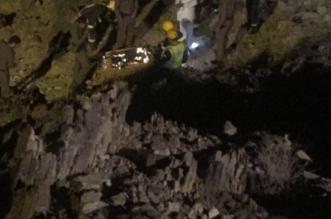بالصور.. وفاة سوداني بعد سقوط سيارته في طريق عقبة نصبة بالباحة - المواطن