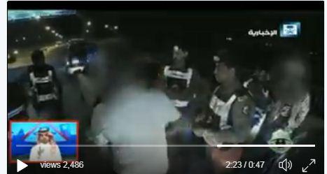 بالفيديو.. متهورون يقودون سياراتهم تحت تأثير المخدر