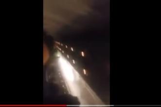 بالفيديو.. لحظات الرعب على متن طائرة ليبية كادت تسقط في البحر - المواطن