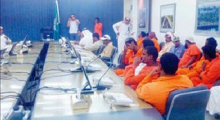 "موظفون سعوديون لـ""المواطن"": وافدون بلا مؤهلات يحاولون ""تطفيشنا"" - المواطن"
