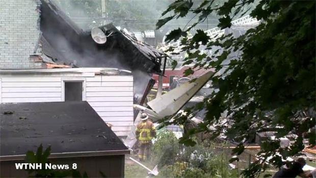 Connecticut-plane-crash-jpg
