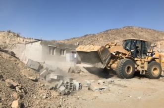 بالصور.. إزالة تعديات على الطريق الدائري الرابع بمكة - المواطن