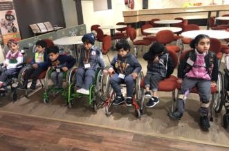 بالصور.. جمعية الأطفال المعوقين بعسير تزور المركز العلمي بأبها - المواطن
