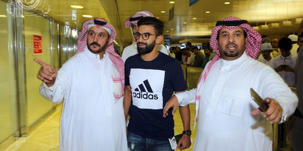 بالصور.. فوزير يصل الرياض