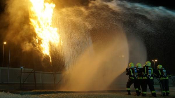 الدفاع المدني حريق
