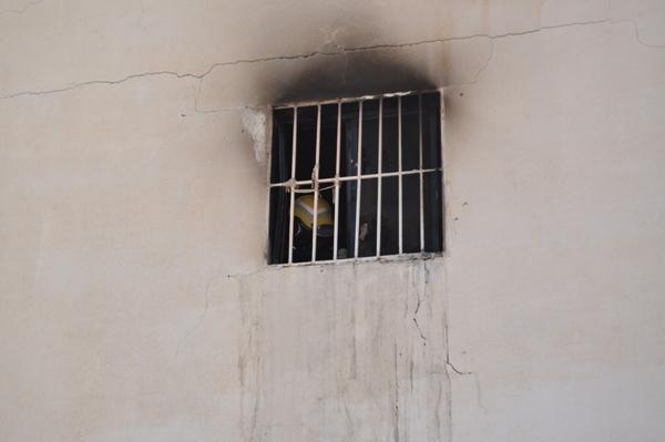 إخماد حريق اندلع بمركز السالمية DSC_0178.jpg